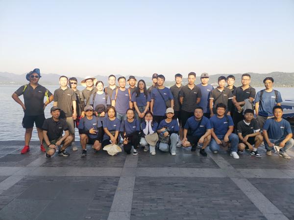 40度以下、12KM歩く、IECHOの強い海外チームをご覧ください!!!